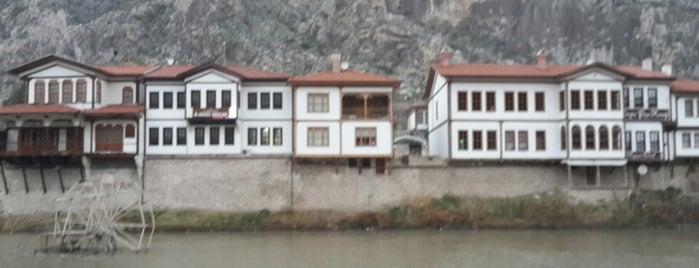 Saltanat Kayığı is one of Orte, die Fatih gefallen.