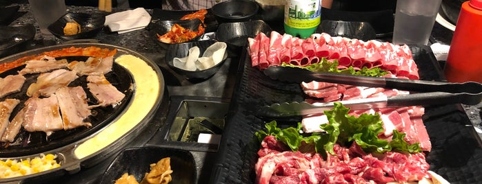 Old Village Korean BBQ Bistro is one of Drewさんのお気に入りスポット.