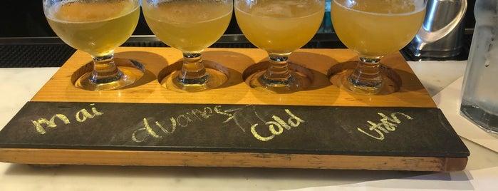 Alvarado Street Brewery & Grill is one of Drew 님이 좋아한 장소.