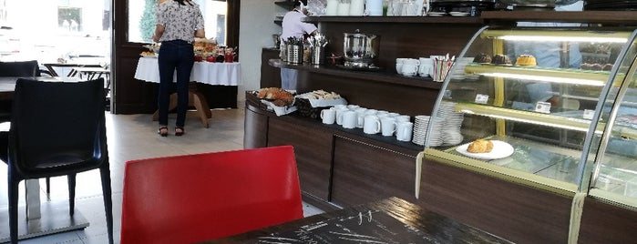 Pain Et Chocolat is one of São Paulo ABC, Bares/Cafés, Restaurantes Shoppings.