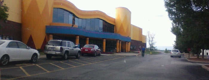 Marcus Theatres is one of Emily : понравившиеся места.