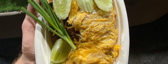 Chao Fah Krabi Night market is one of Posti che sono piaciuti a Martina.