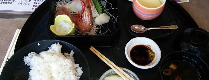 海鮮問屋 丸長 田辺店 is one of Orte, die Shigeo gefallen.