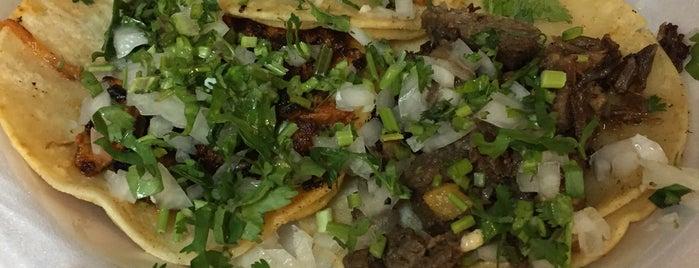 Tacos La Banqueta is one of Restaurants To Try - Dallas.