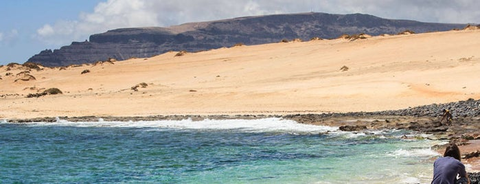 Playa de La Lambra is one of Qué visitar en La Graciosa.