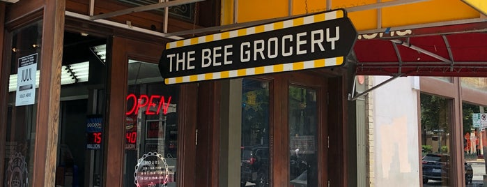 The Bee Grocery is one of Lieux qui ont plu à Matt.