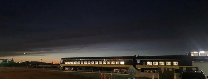 Alaska Railroad Depot is one of Cori'nin Beğendiği Mekanlar.