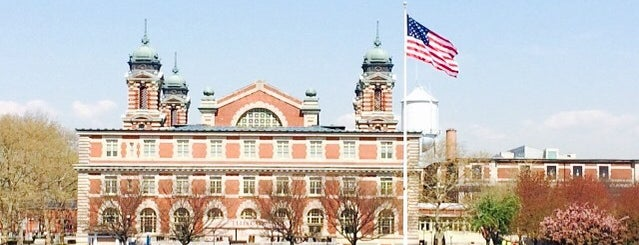 Ellis Island is one of Tempat yang Disukai Paco.