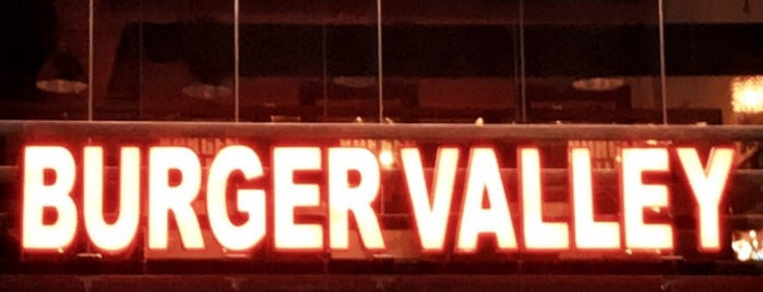 Burger Valley is one of Almadinah.
