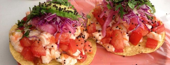 Los Aguachiles is one of Para comer en Playa del Carmen.