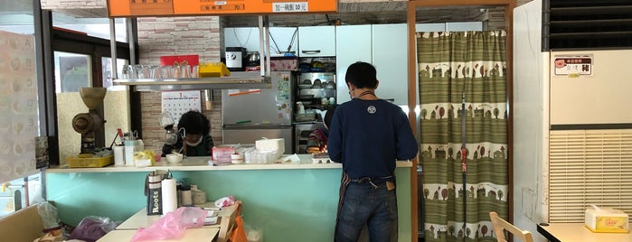 珍蜜咖啡專門店 is one of Taipei Favorites.
