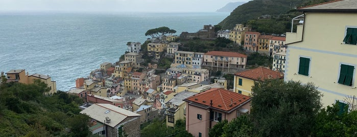 Cinque Terre is one of Liguria.