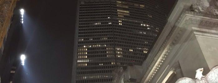 MetLife Building is one of Sights in Manhattan.