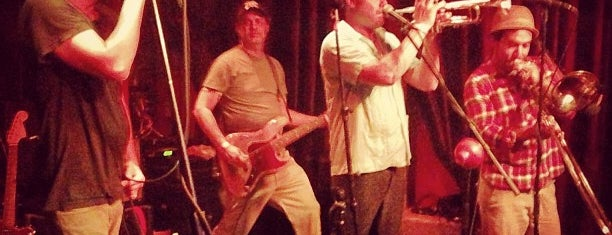 Velvet Jones is one of I <3 Santa Barbara.