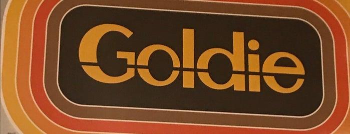 Goldie is one of Benjamin : понравившиеся места.