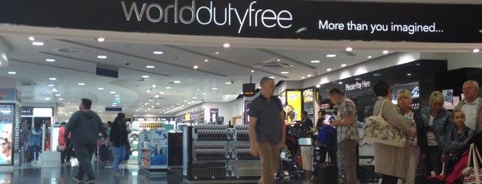 World Duty Free is one of Orte, die Sanjeev gefallen.