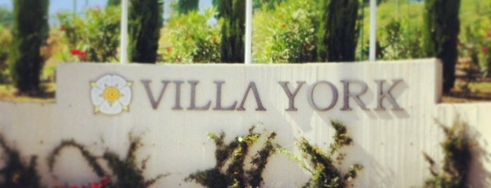 Villa York Sporting Club is one of Tempat yang Disukai Daniele.