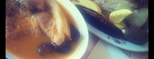 Los Azulejos de Huancane is one of pour manger =).