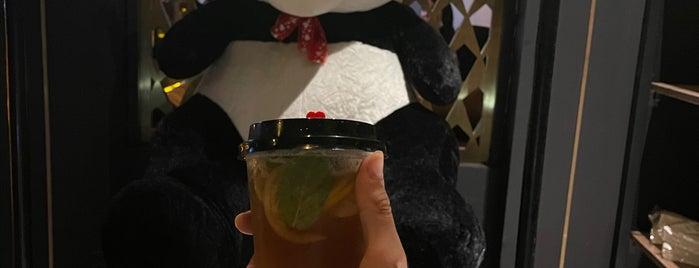 Swarm1 Coffee is one of Lugares guardados de Queen.