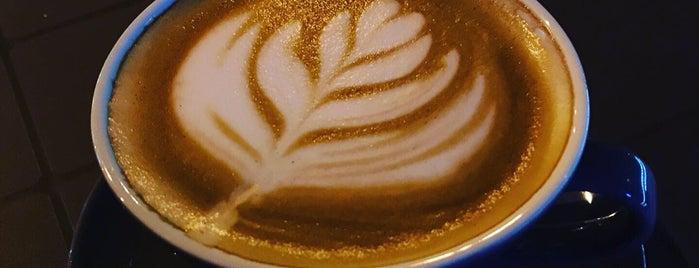 Cafe Rad is one of Lugares favoritos de H.