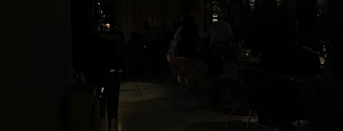 Piano Lounge is one of Riyadh Café's & Restaurants.