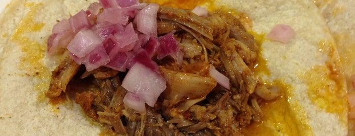Chichen Itza Restaurant is one of Aaron : понравившиеся места.