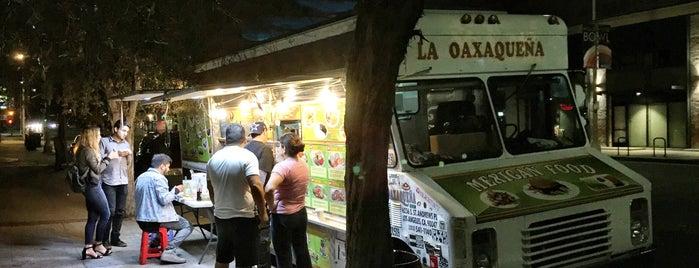 La Oaxaqueña Taco Truck is one of Posti che sono piaciuti a Jesus.