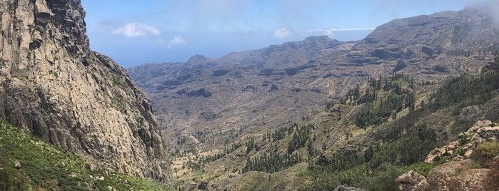 Mirador de los Roques is one of Locais curtidos por Evgeny.