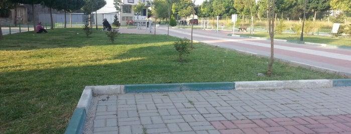 Yunuseli Meydanı is one of สถานที่ที่ Şule ถูกใจ.