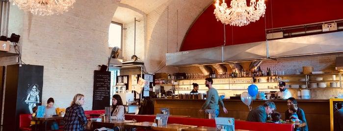 Dschungel Wien Café.Bar is one of Vienna's wheelchair accessible restaurants.