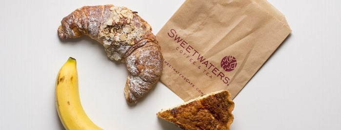 Sweetwaters Coffee & Tea 5th Ave. Park Slope is one of Lieux qui ont plu à Rosie Mae.