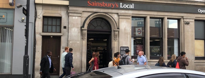 Sainsbury's Local is one of Lieux qui ont plu à Barry.