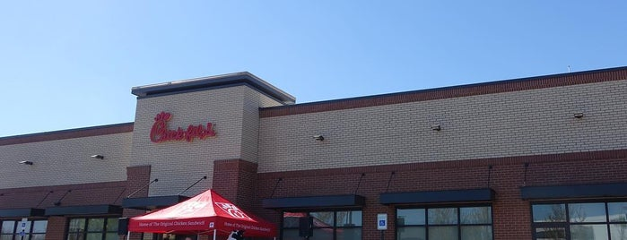 Chick-fil-A is one of Lugares favoritos de Jeff.