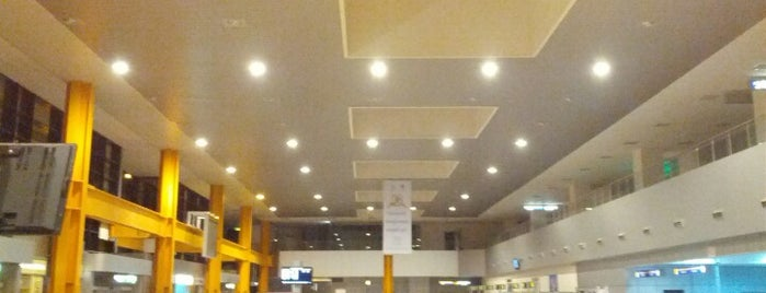 Cluj-Napoca International Airport is one of Free WiFi Airports 2.