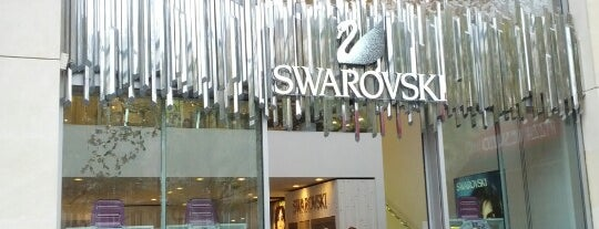 Swarovski is one of Samet 님이 좋아한 장소.
