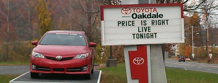 Oakdale Theatre is one of Hayley's Liked Places.
