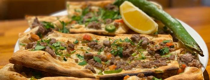 Develi Etli Pide is one of Pide ve Karadeniz Mutfağı.
