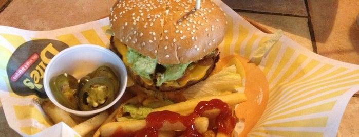 Bite's is one of Locais curtidos por Josue.