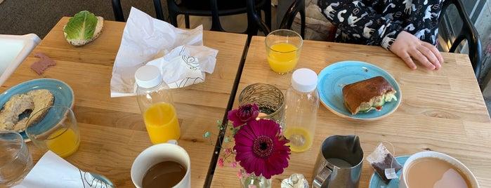 Lindeberg bageri & konditori is one of White Guide Café 2019-20.