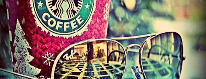 Starbucks is one of Lieux qui ont plu à Vural.