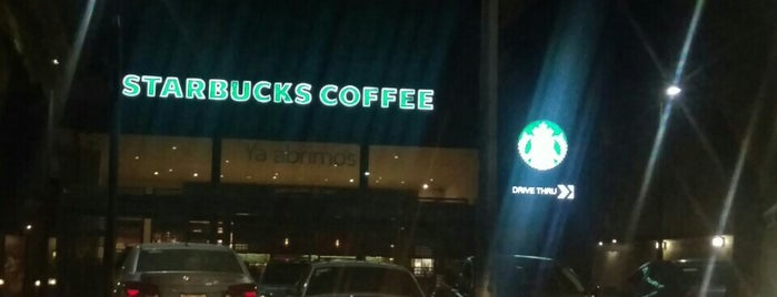 Starbucks is one of Tempat yang Disukai Stephania.