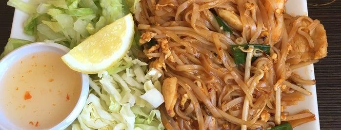 La's Thai Cuisine is one of Lieux qui ont plu à Robby.