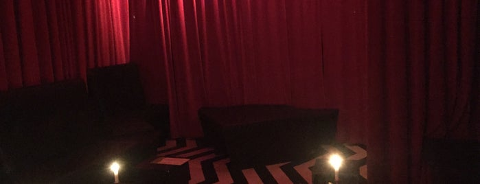 Black Lodge is one of Berlin.