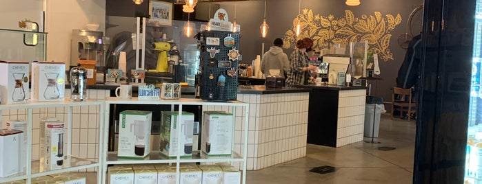 Reverie Coffee Roasters & Founder's Bakery is one of Wichita.