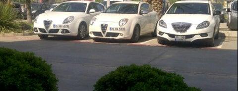 Alfa Romeo & Lancia & Jeep ShowRoom is one of Baris'in Beğendiği Mekanlar.