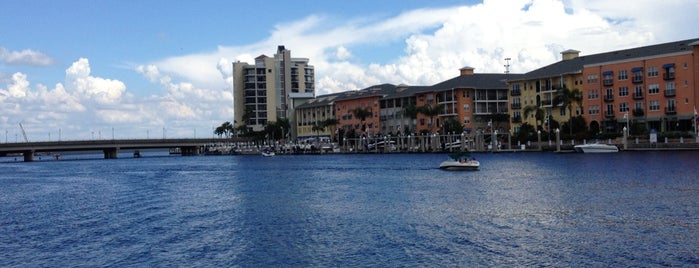 Tampa Riverwalk is one of Tamper, Flor-iduh.