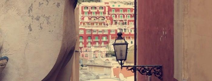 Hotel Villa Gabrisa is one of Locais curtidos por Mark.