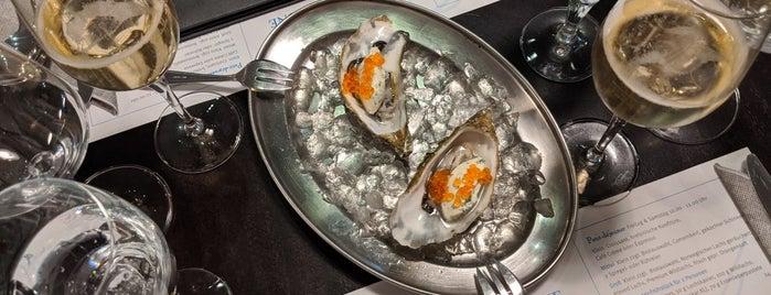 Cafe de Bretagne is one of Dusseldorf Best: Upscale restaurants.