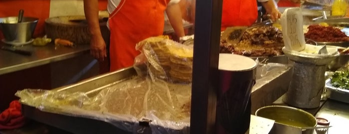 Tacos de la balbuena is one of Tacos.