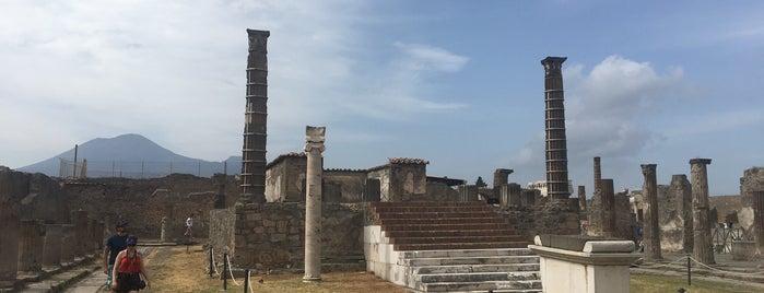 Tempio di Apollo is one of Claire'nin Beğendiği Mekanlar.